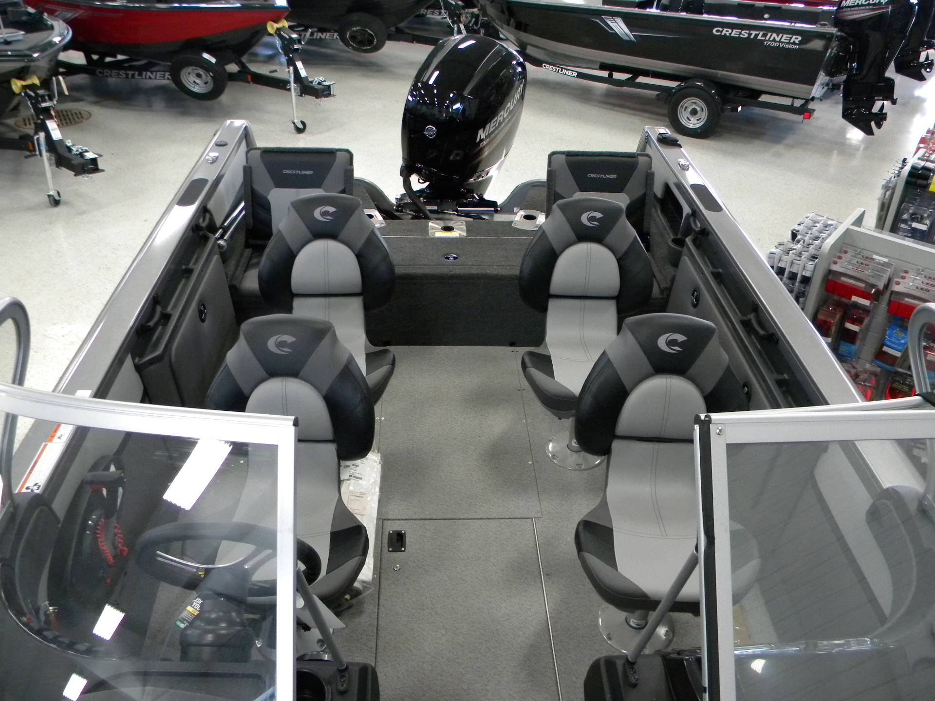 2019 Crestliner 1850 Sportfish Outboard in Kaukauna, Wisconsin - Photo 6