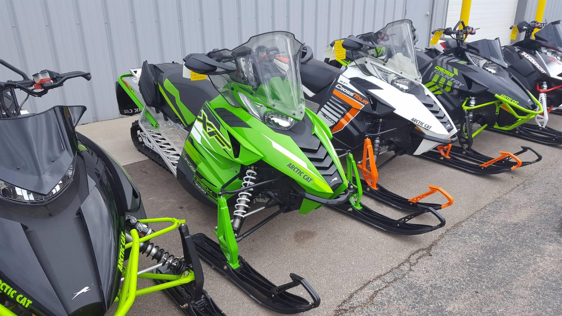 2017 XF 7000 CrossTrek 137