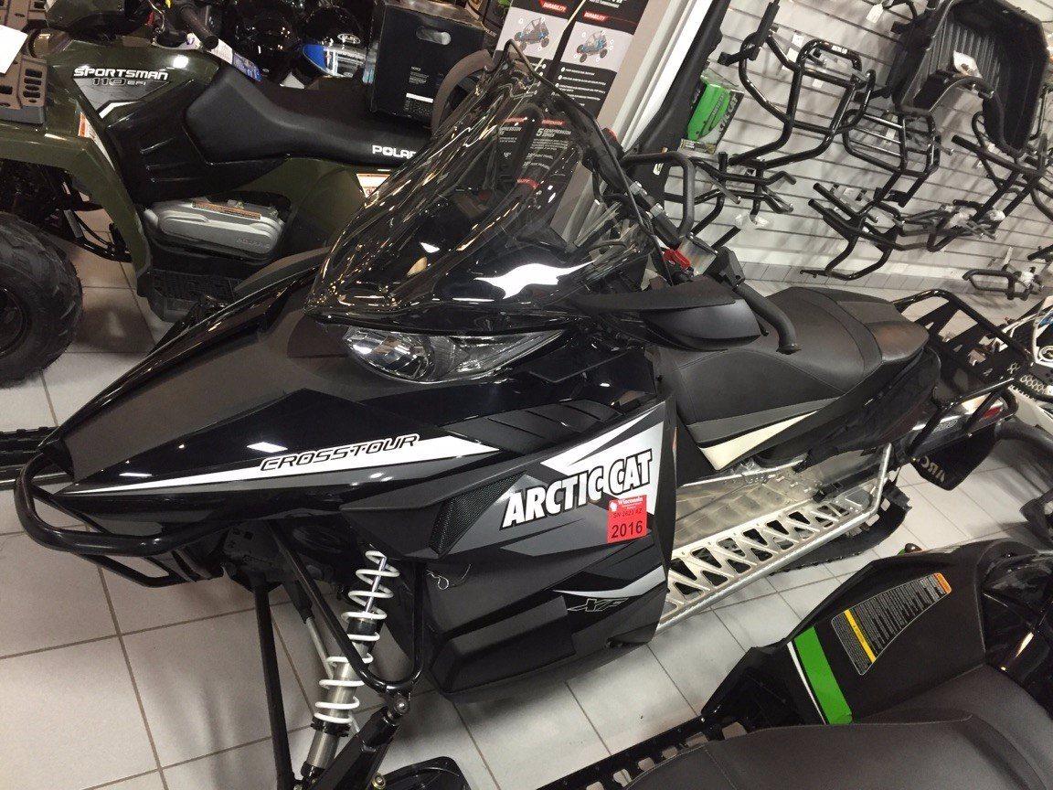 2014 XF 8000 CrossTour ES