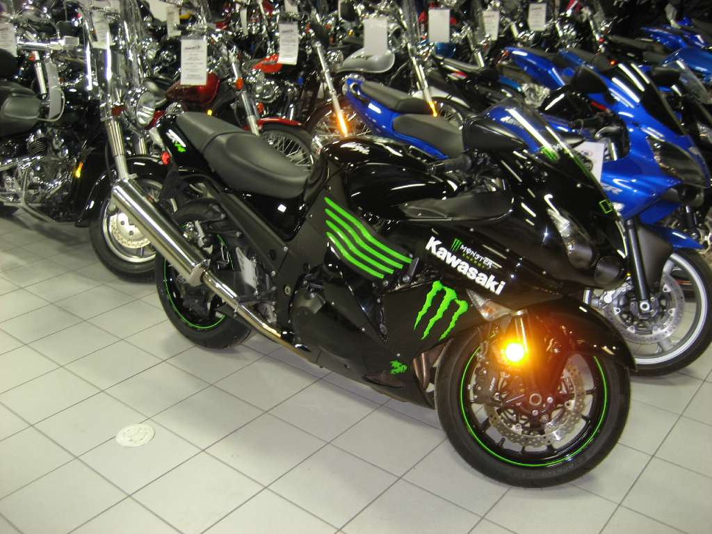 2009 Kawasaki Ninja® ZX™-14 Monster Energy® in Kaukauna, Wisconsin