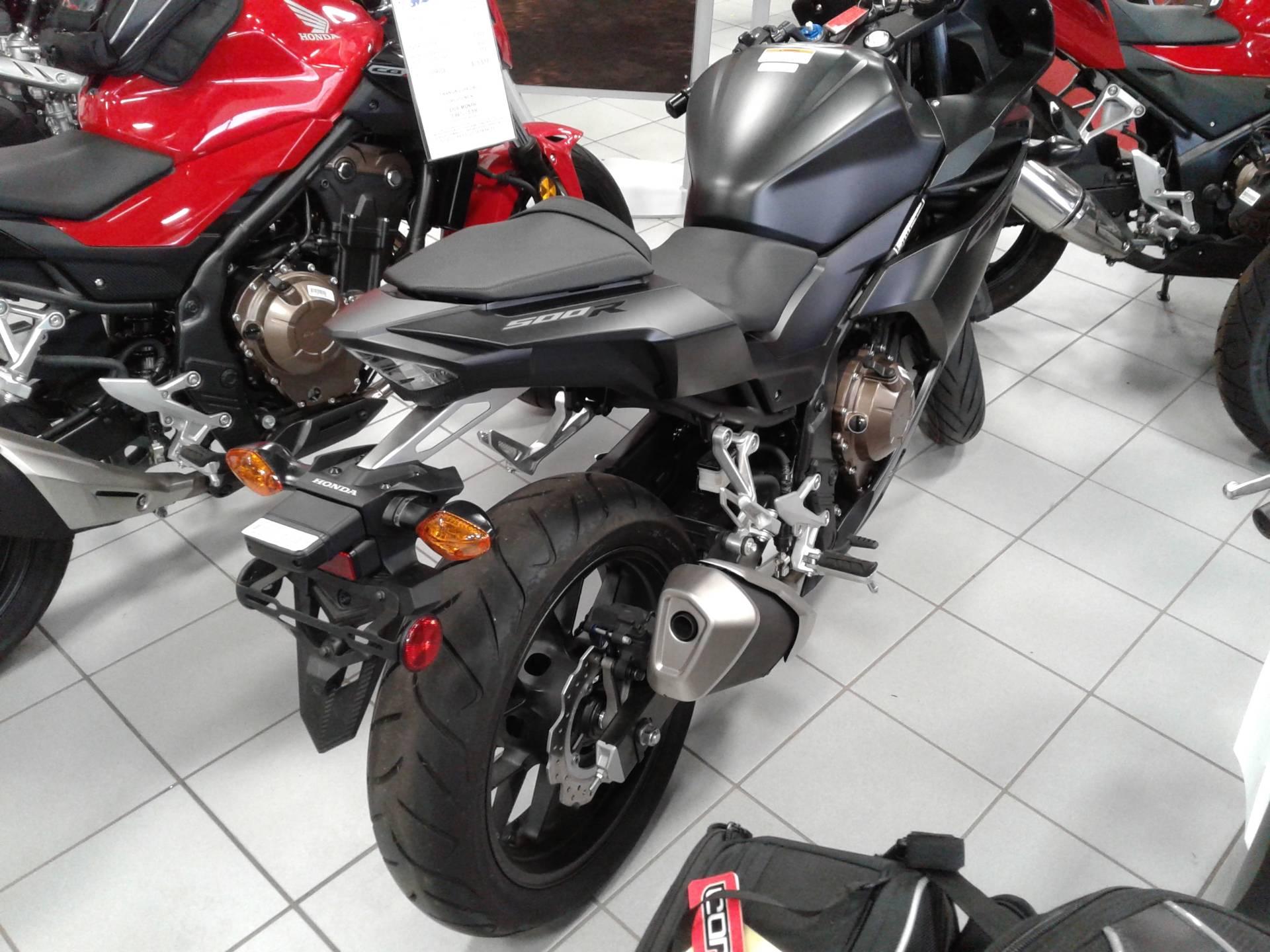 2016 Honda CBR500R 2