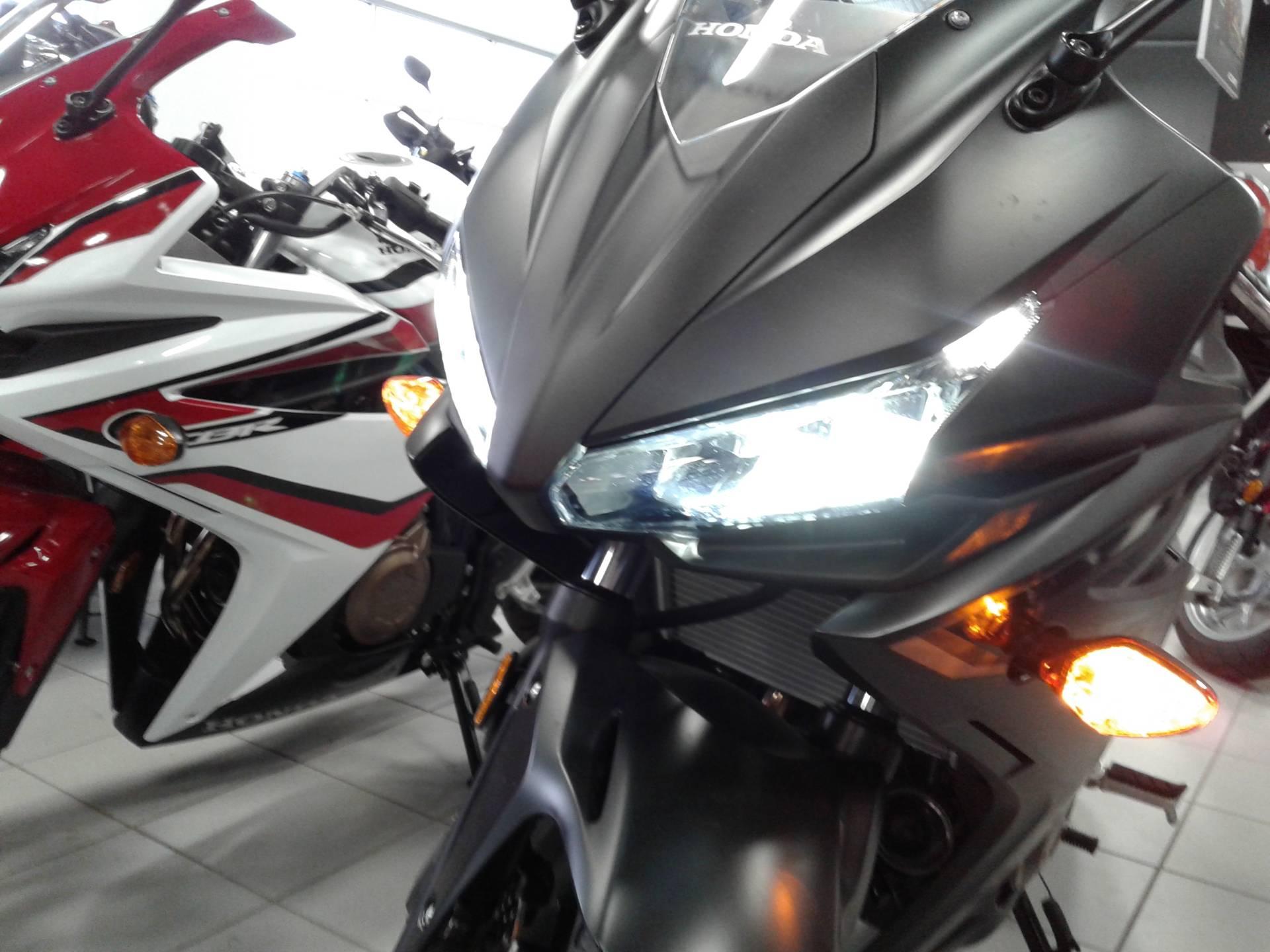 2016 Honda CBR500R 4