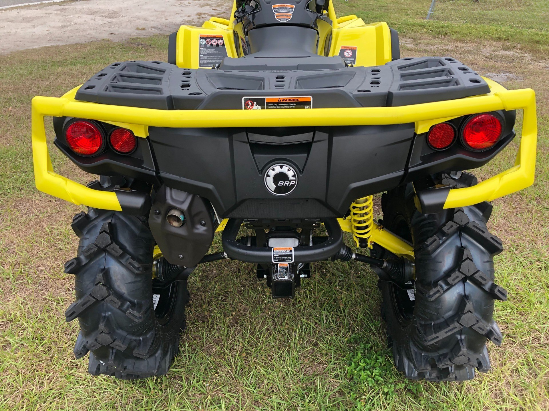 2019 Can-Am™ Outlander X mr 1000R 6