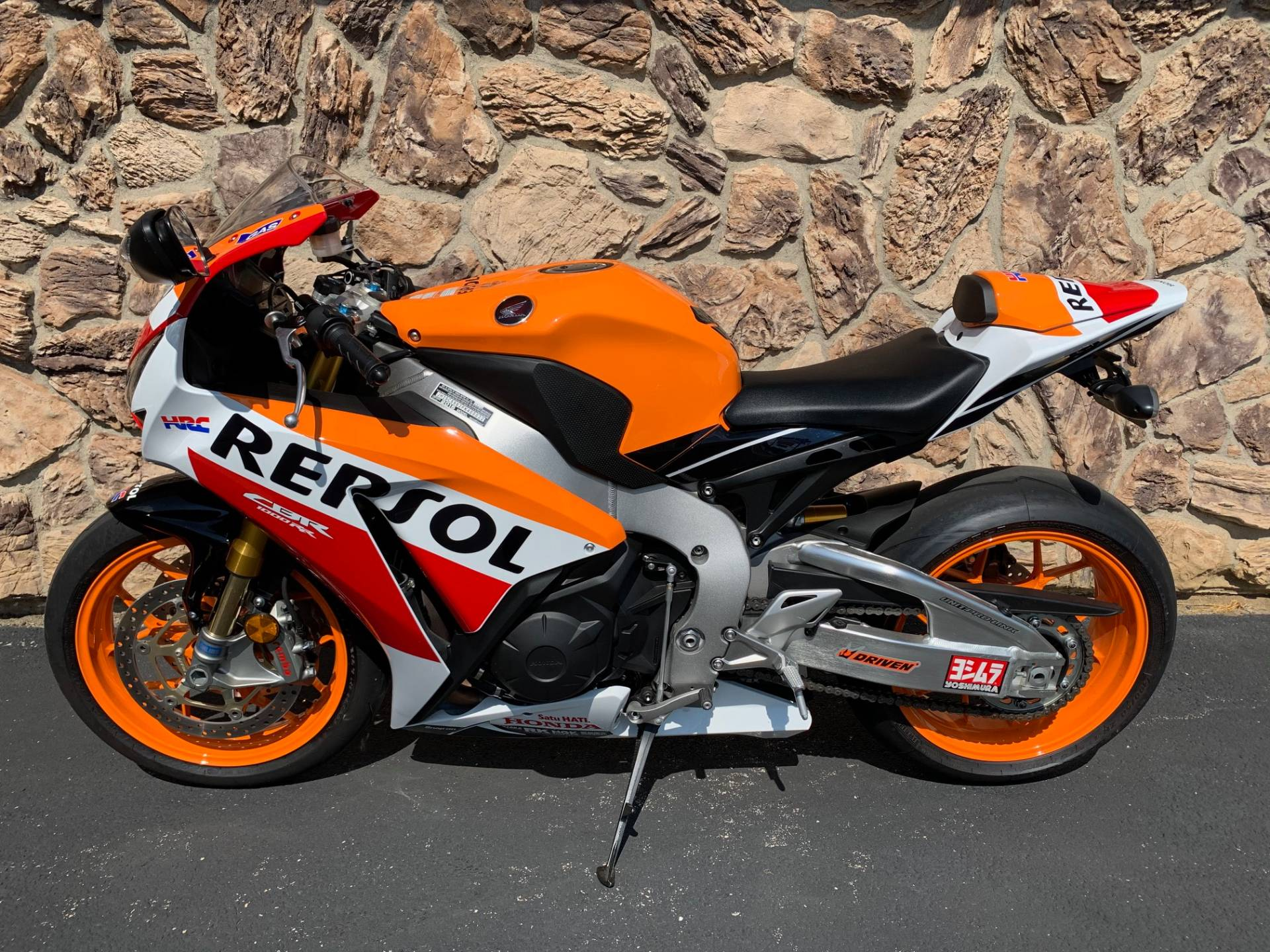 2015 Honda CBR®1000RR SP in Aurora, Illinois - Photo 2