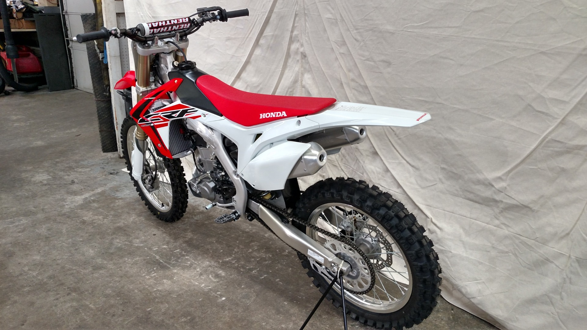 2016 Honda CRF450R in Aurora, Illinois