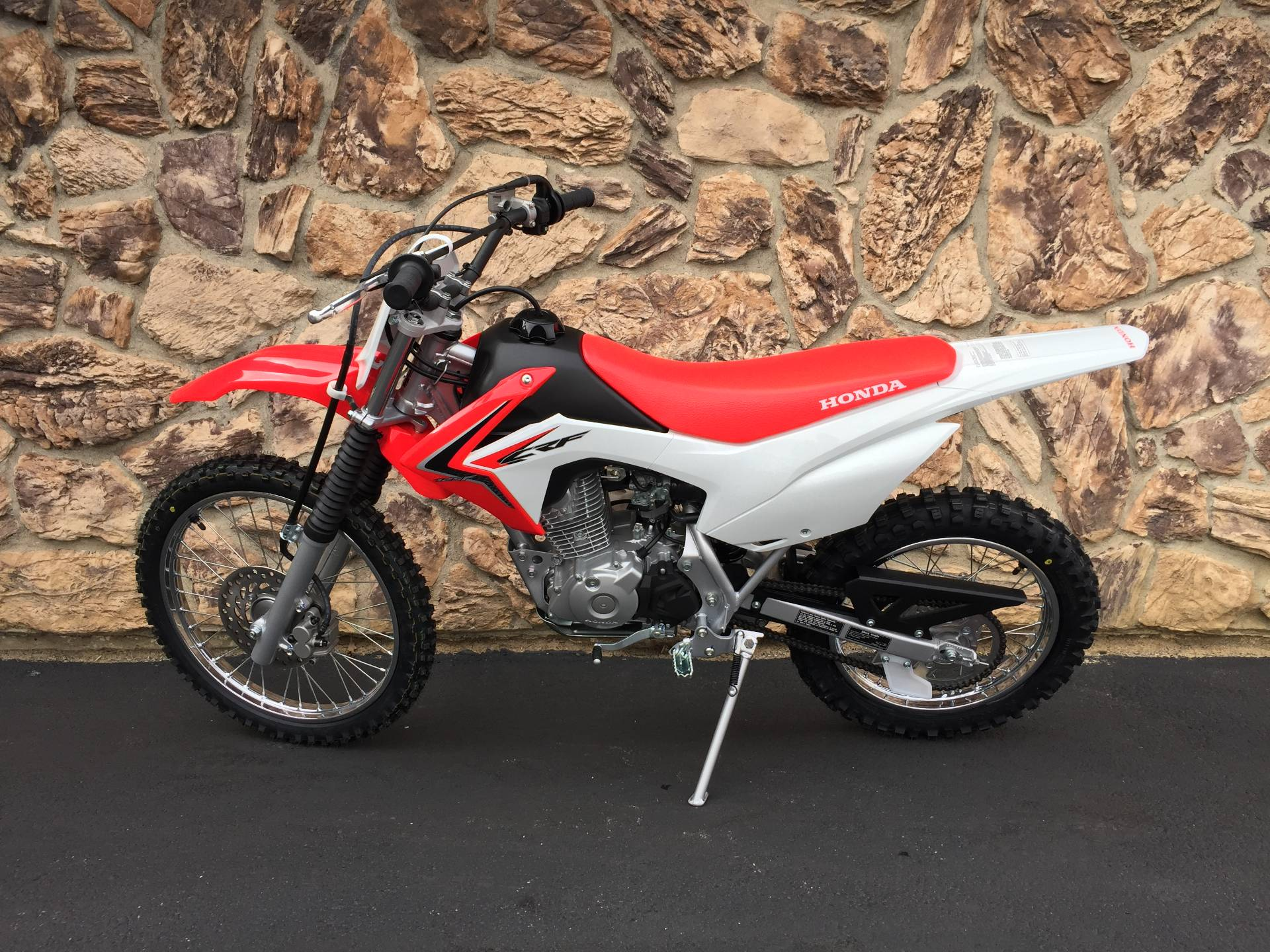 2018 Honda CRF125F in Aurora, Illinois - Photo 2
