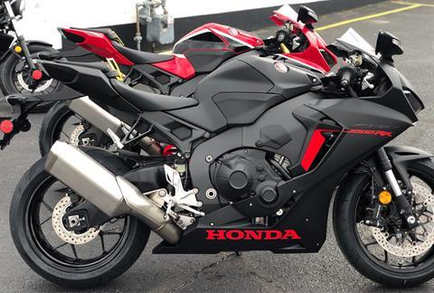 2018 Honda CBR1000RR in Aurora, Illinois - Photo 3