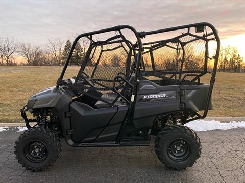2020 Honda Pioneer 700-4 in Aurora, Illinois - Photo 2
