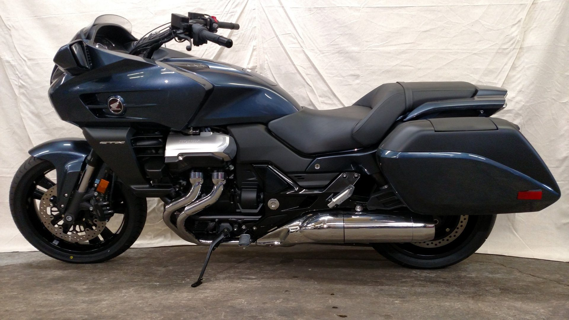 2014 Honda CTX®1300 Deluxe in Aurora, Illinois
