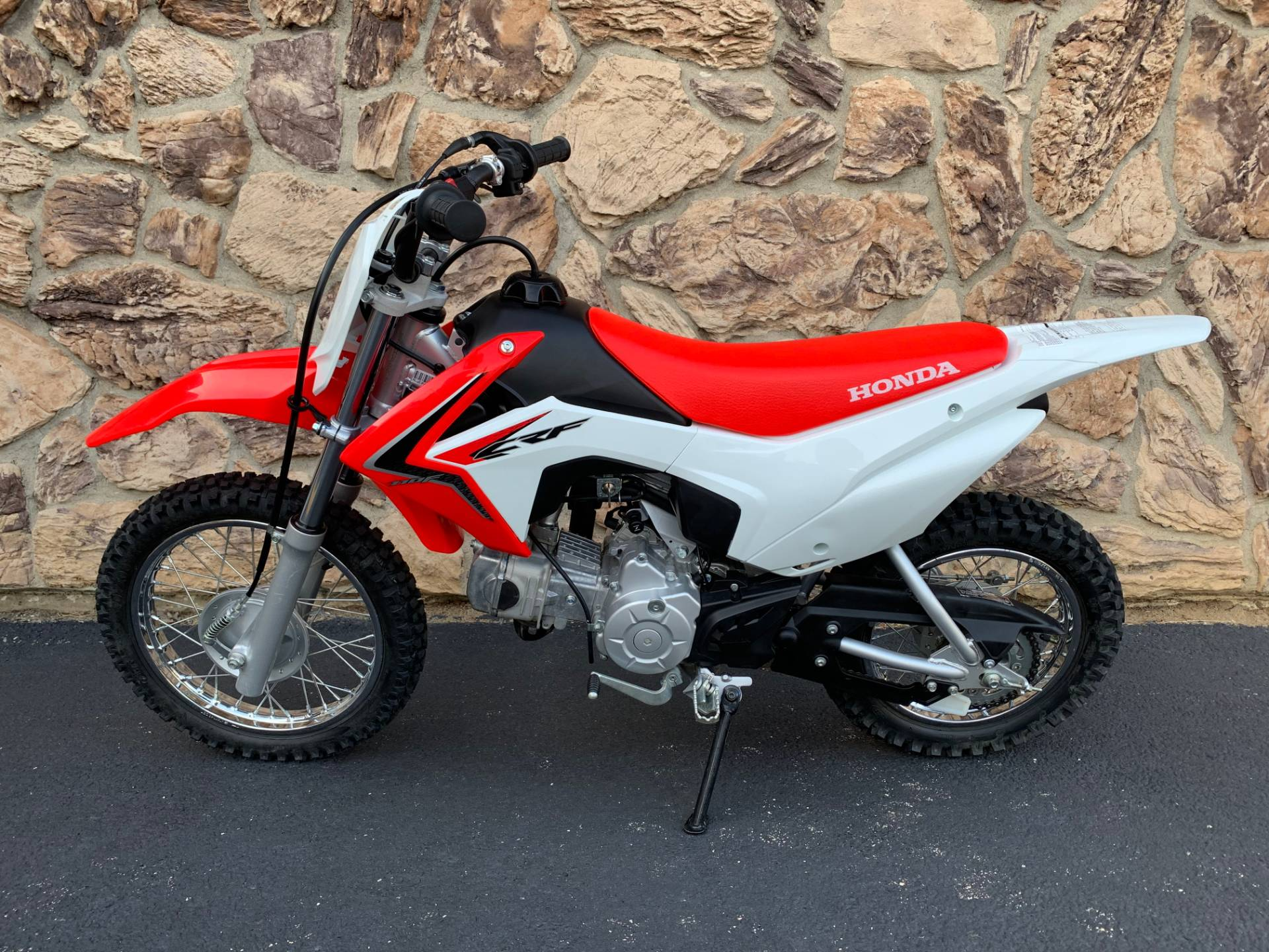 2016 Honda CRF110F in Aurora, Illinois - Photo 2