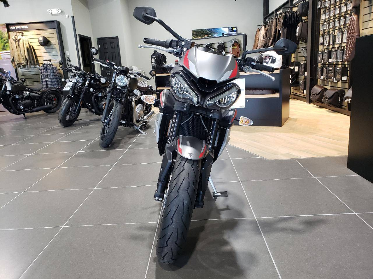 2020 Triumph Street Triple R in Mooresville, North Carolina - Photo 10