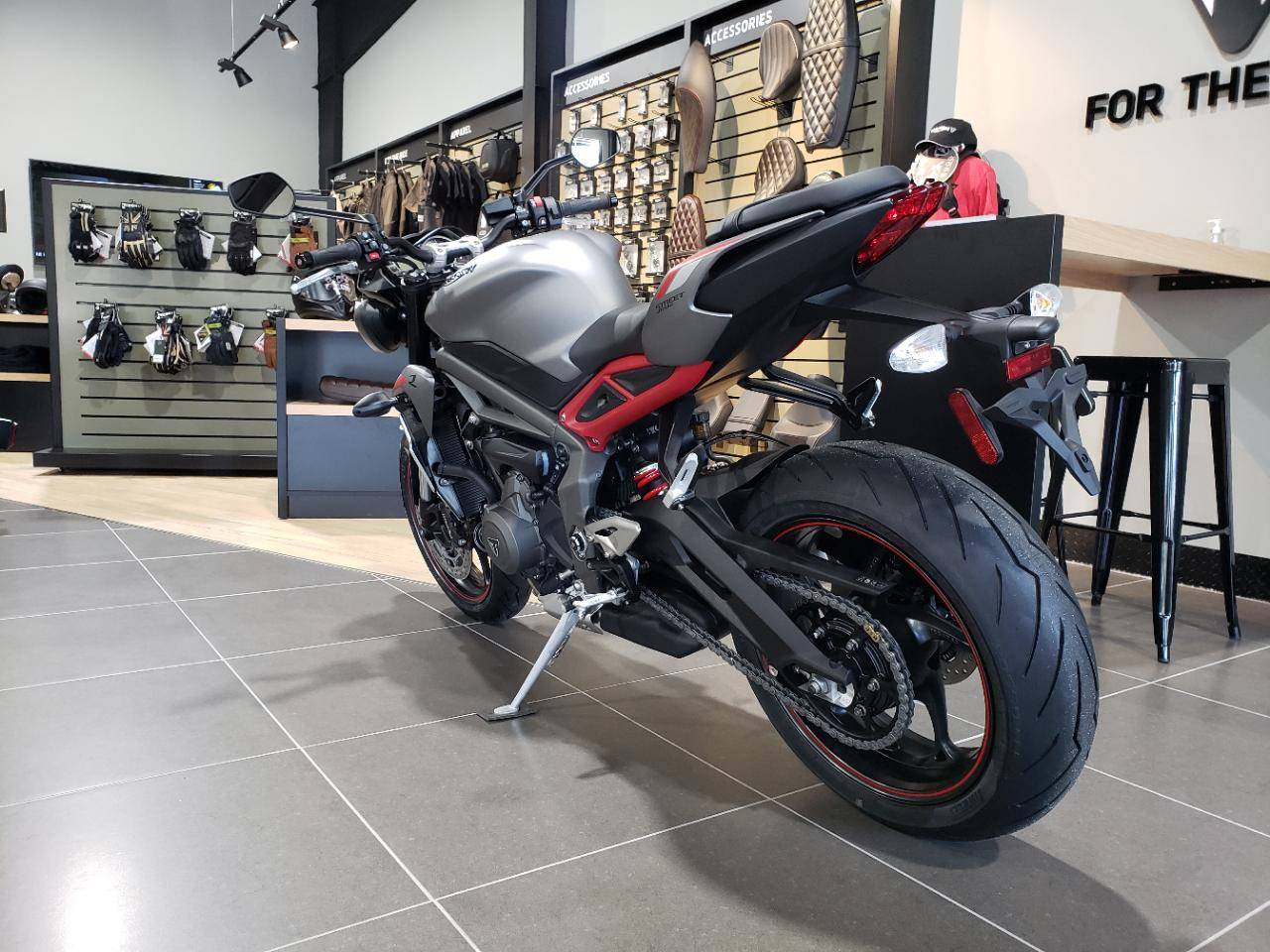 2020 Triumph Street Triple R in Mooresville, North Carolina - Photo 12