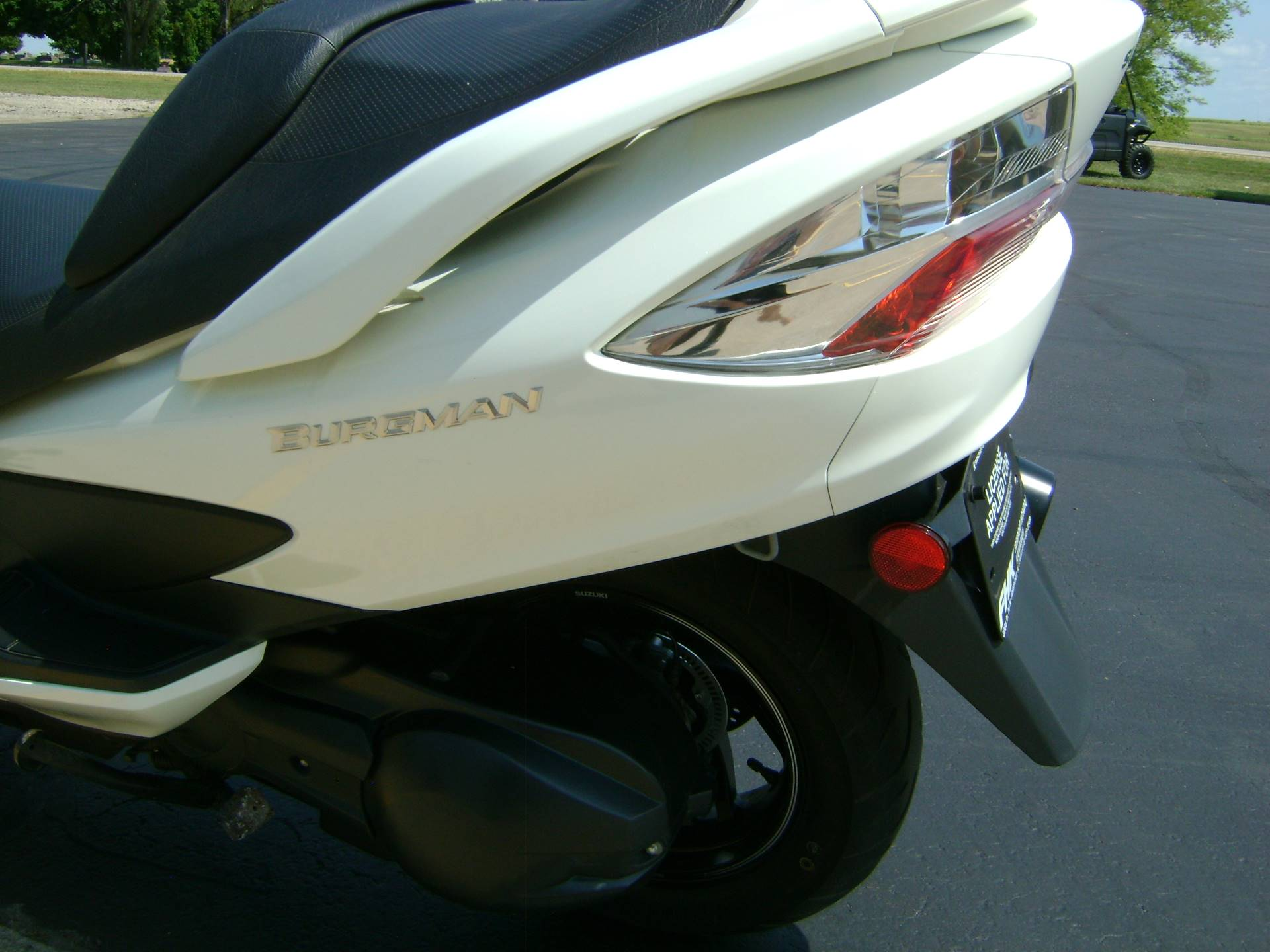 2012 Suzuki BURGMAN 400 ABS in Freeport, Illinois - Photo 11
