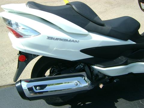 2012 Suzuki BURGMAN 400 ABS in Freeport, Illinois - Photo 12