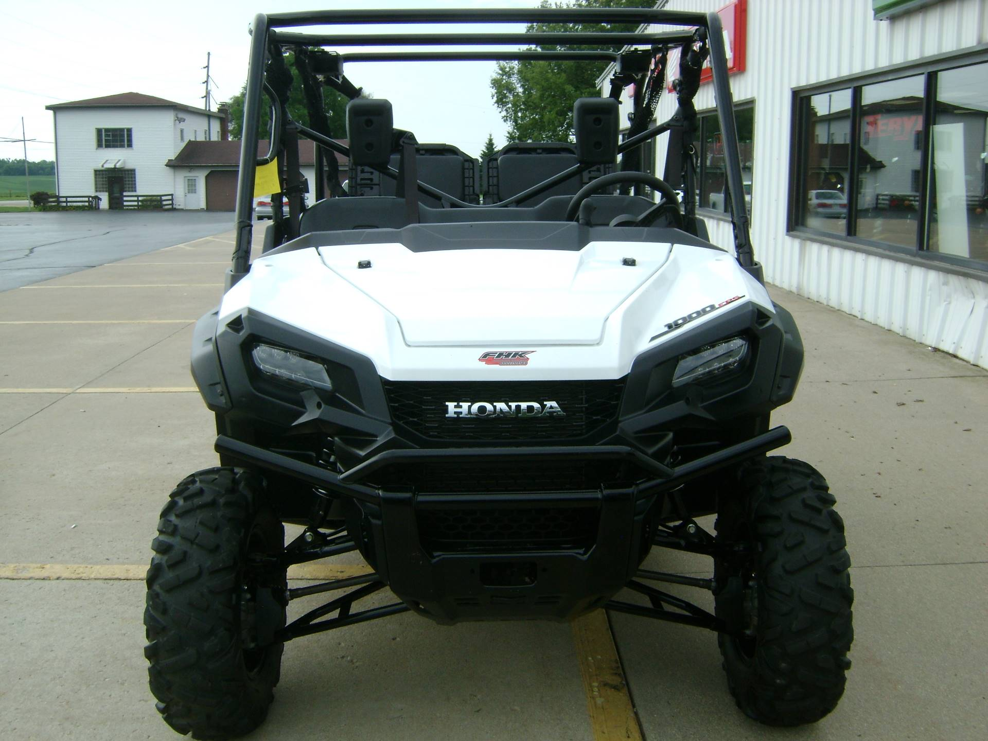 2016 Honda PIONEER 1000-5 DELUXE in Freeport, Illinois
