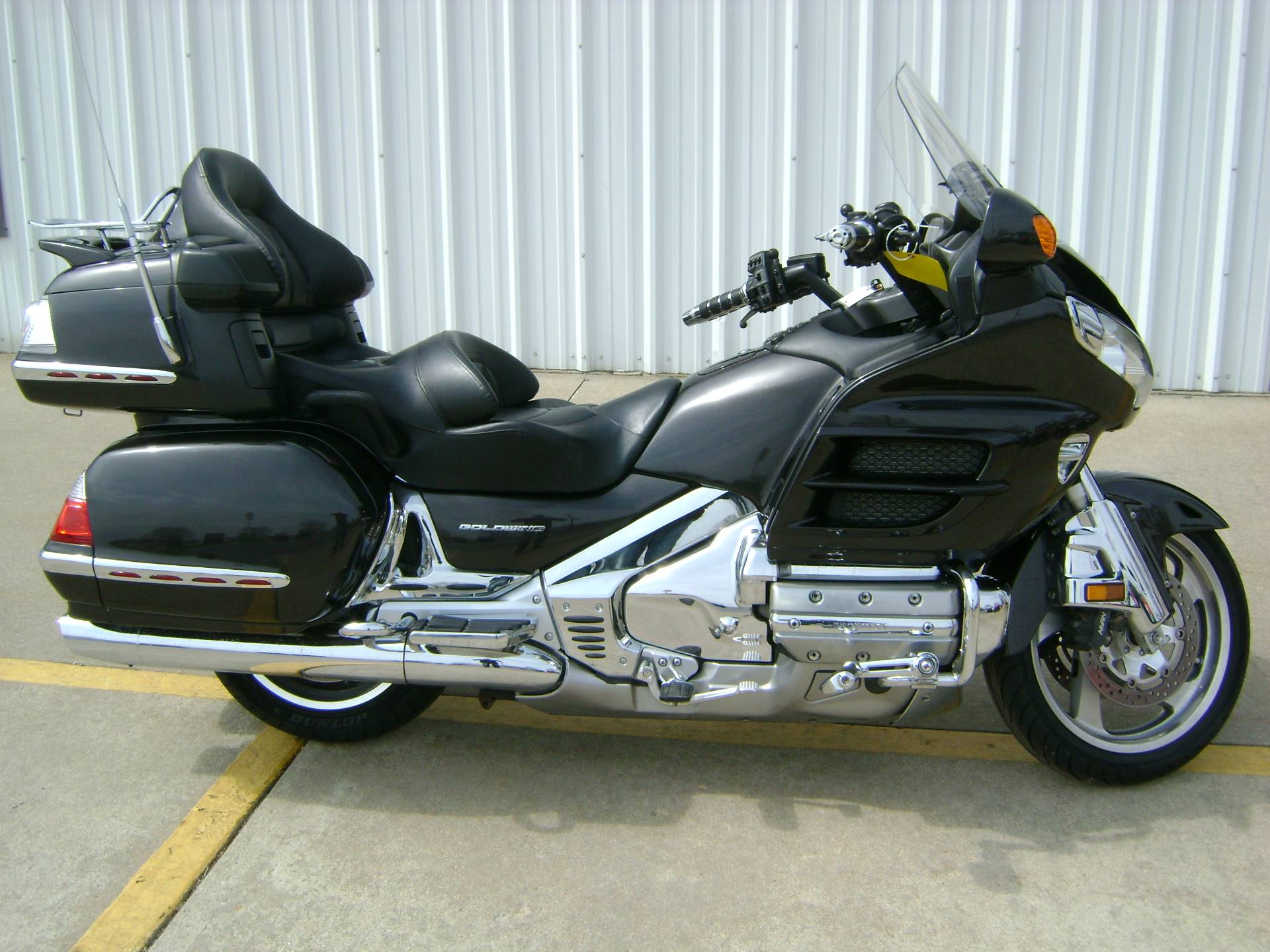 2010 Honda Gold Wing 1800 in Freeport, Illinois