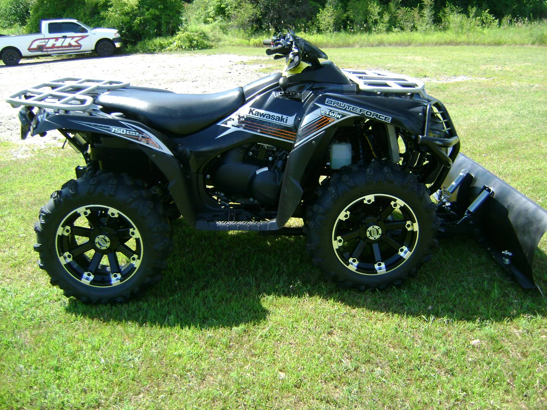 2012 Kawasaki BRUTE FORCE 750 in Freeport, Illinois - Photo 1