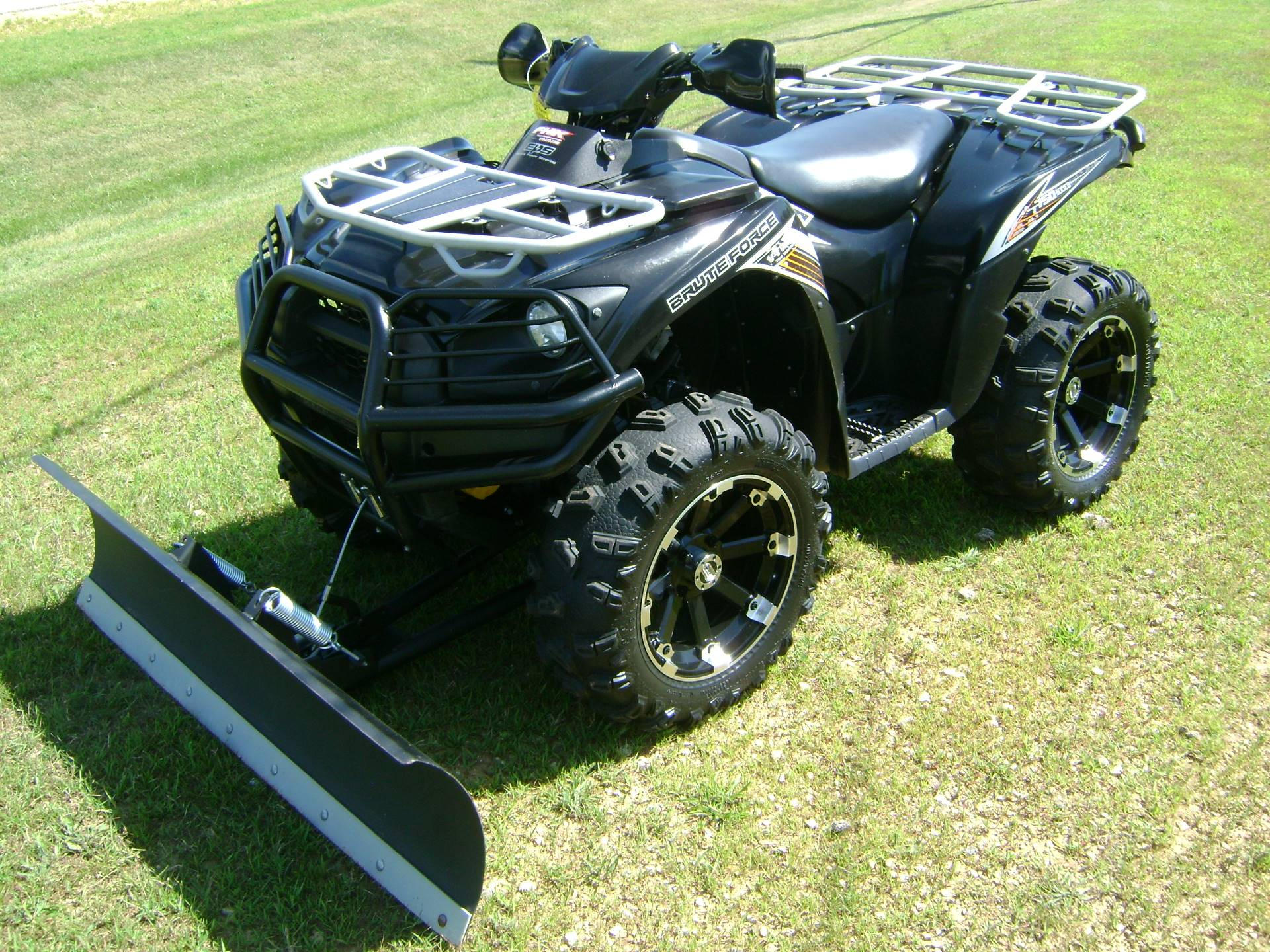 2012 Kawasaki BRUTE FORCE 750 in Freeport, Illinois - Photo 4