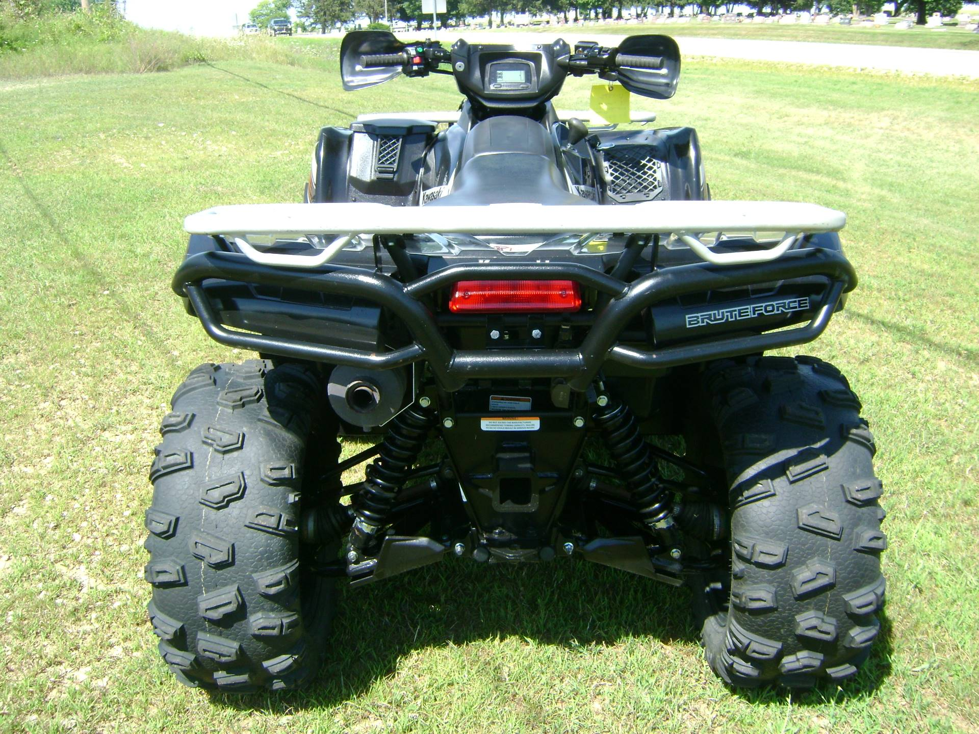 2012 Kawasaki BRUTE FORCE 750 in Freeport, Illinois - Photo 7