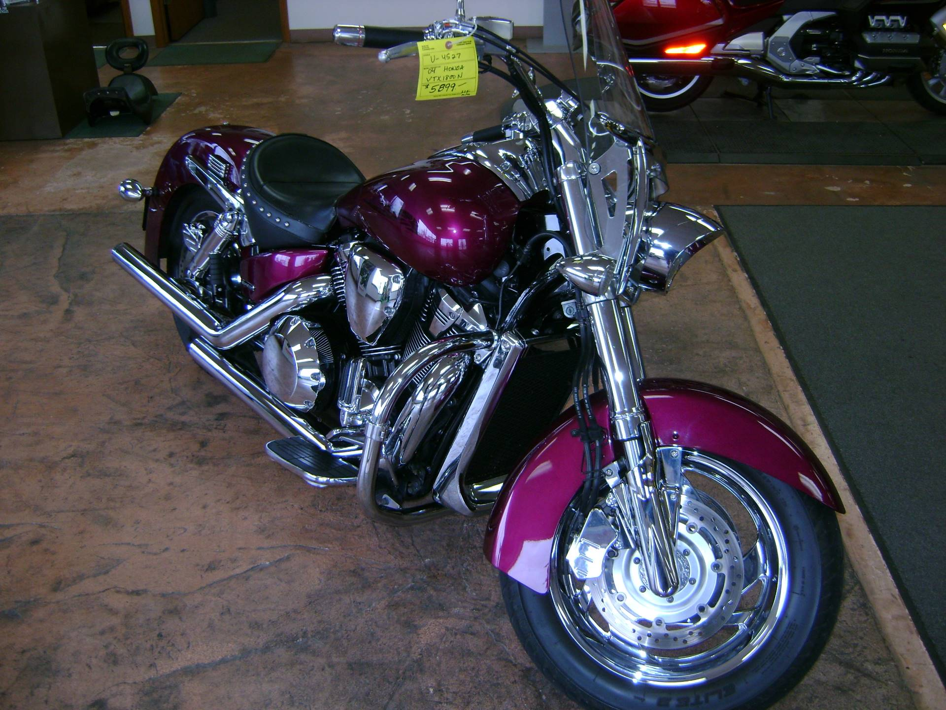 2004 Honda VTX1800N in Freeport, Illinois - Photo 5