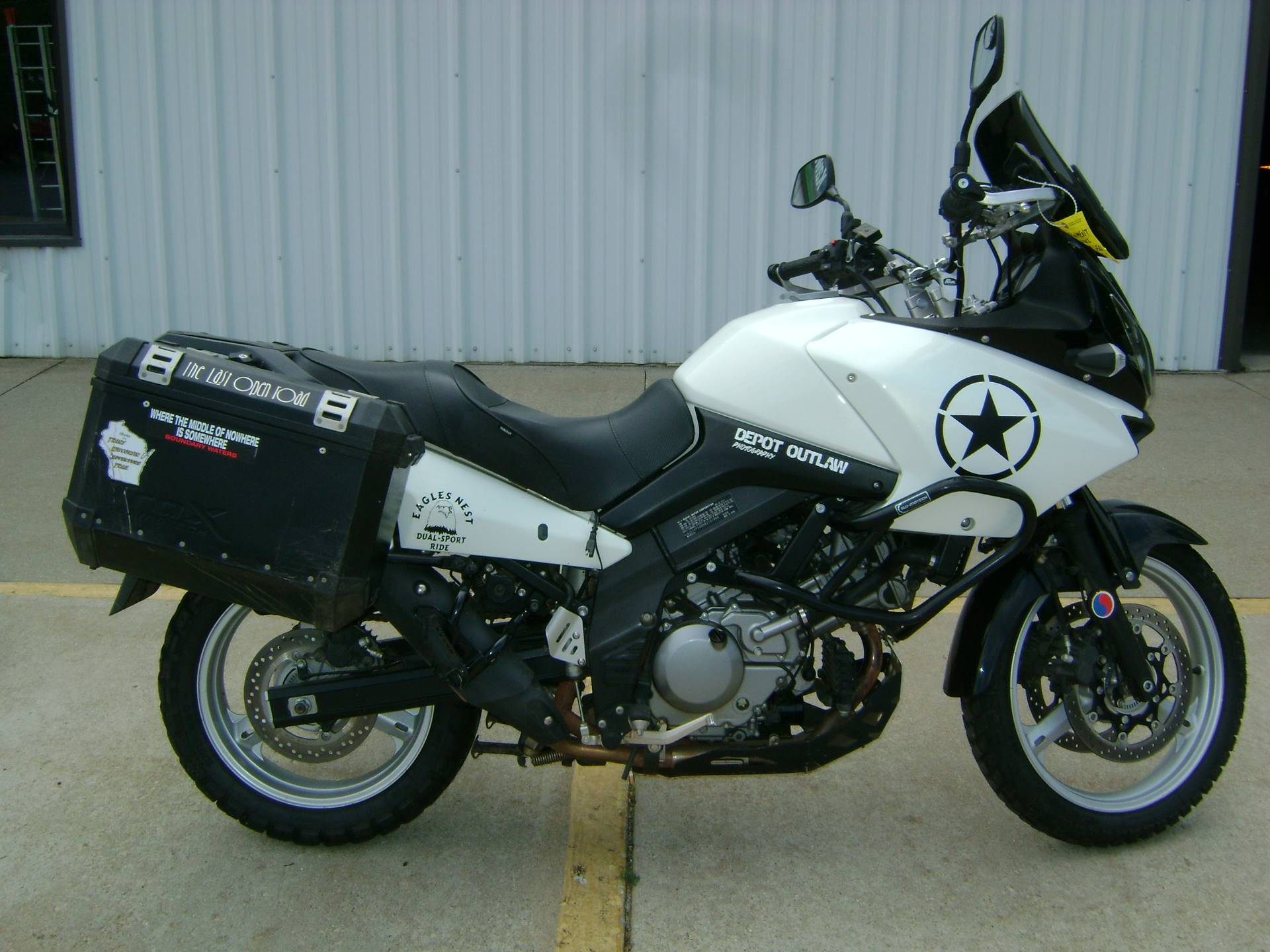 2011 Suzuki V-STROM 650 in Freeport, Illinois - Photo 1