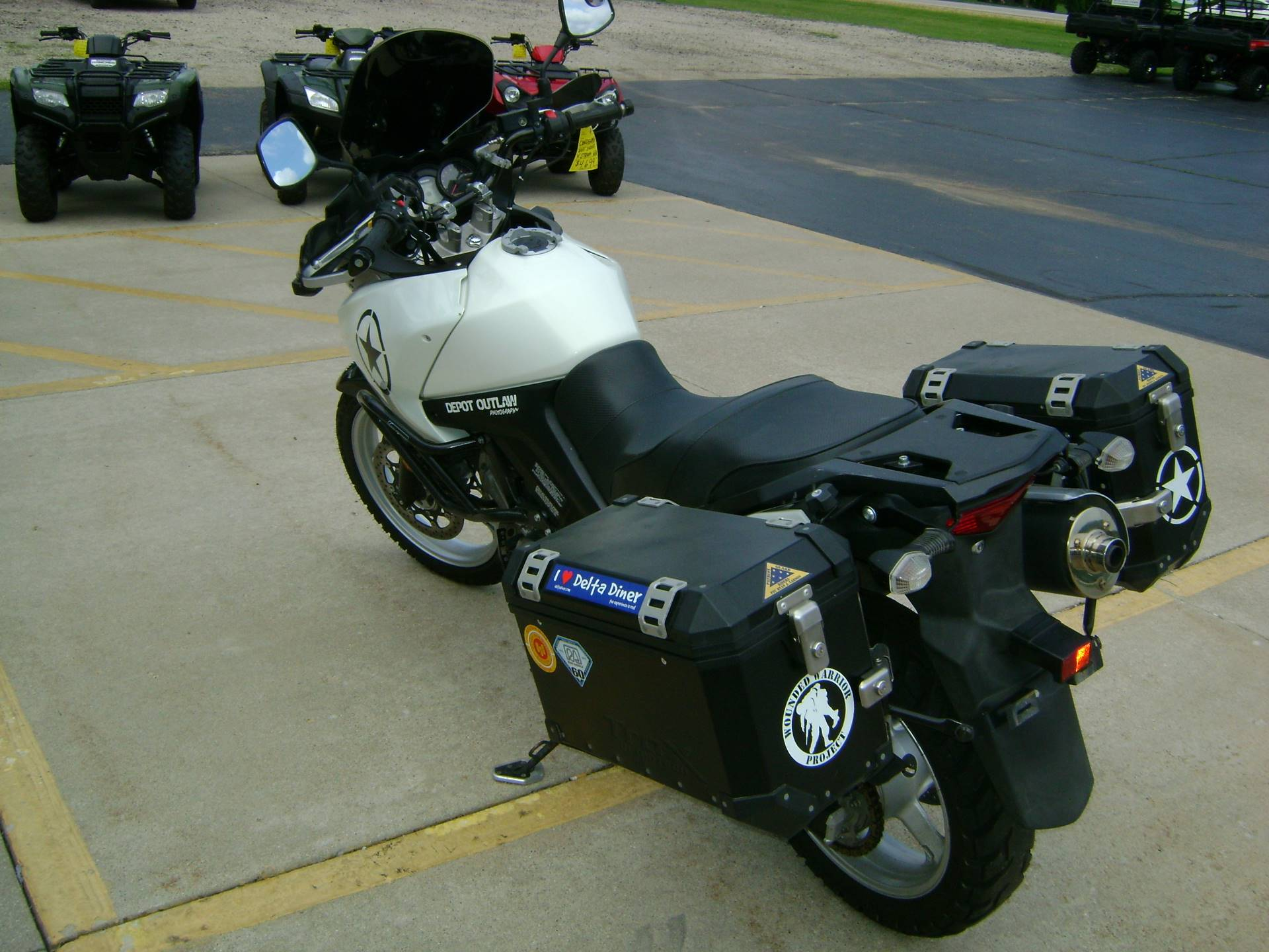 2011 Suzuki V-STROM 650 in Freeport, Illinois - Photo 6
