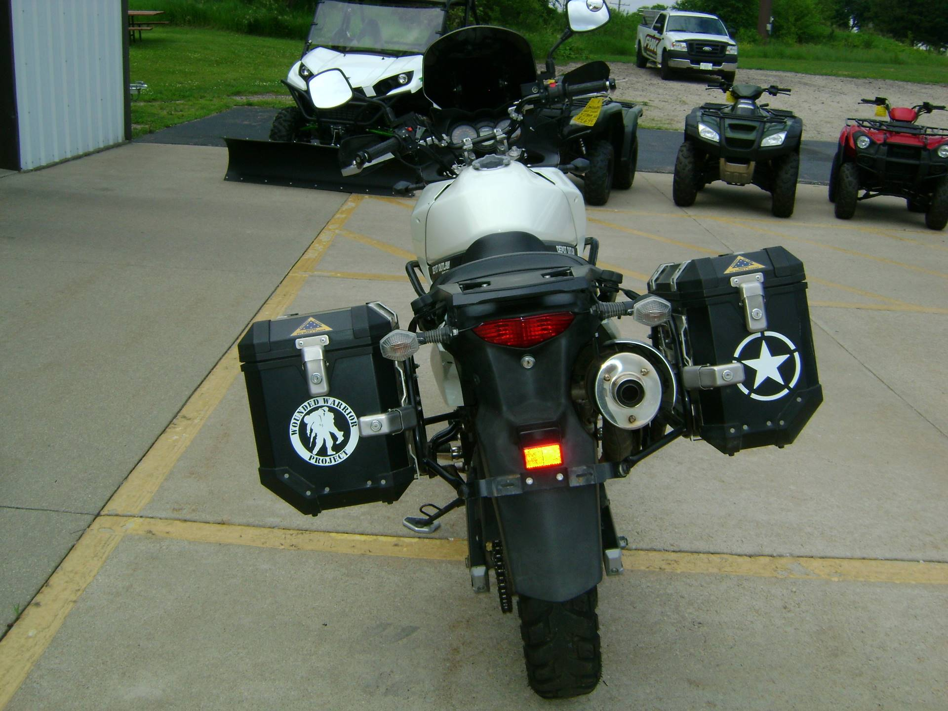 2011 Suzuki V-STROM 650 in Freeport, Illinois - Photo 7