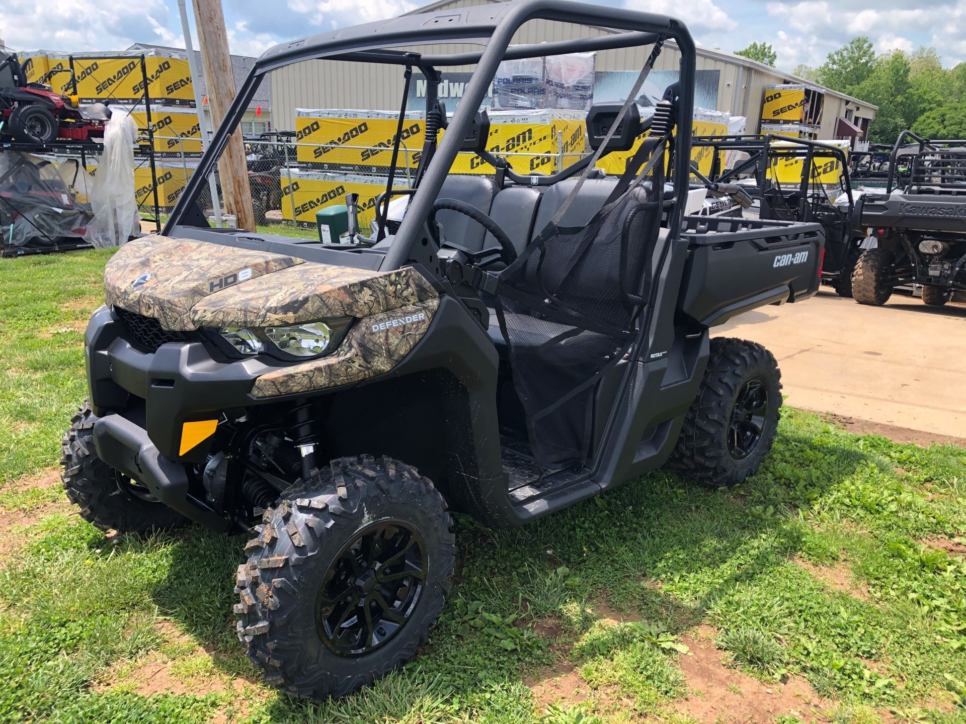 2018 Can-Am Defender DPS HD8 for sale 122821