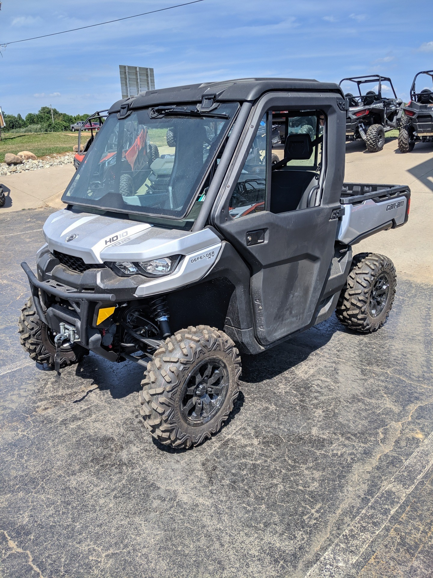 2019 Can-Am Defender XT CAB HD10 in Farmington, Missouri - Photo 1