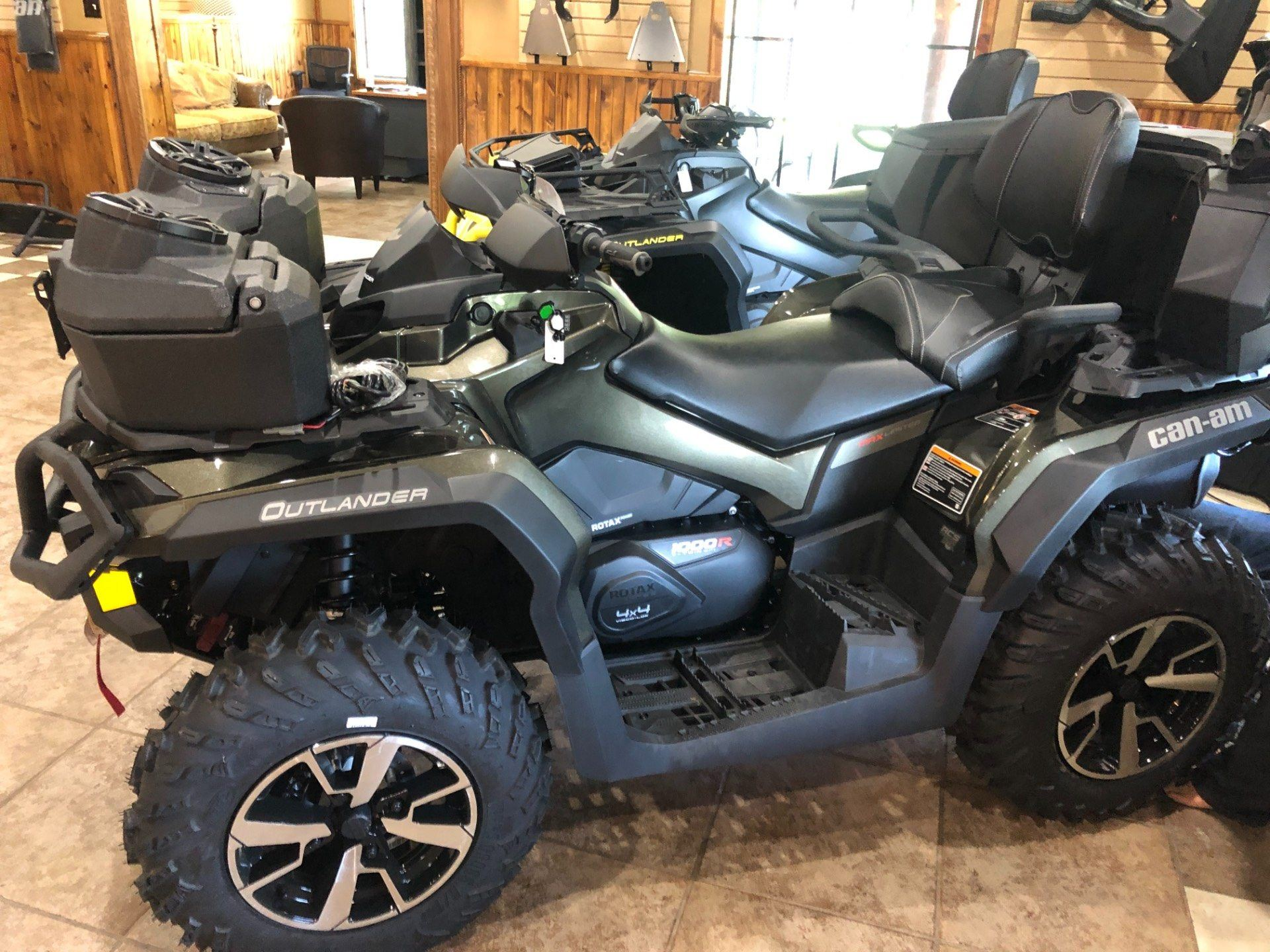 2019 Can-Am Outlander MAX Limited 1000R in Poplar Bluff, Missouri - Photo 2