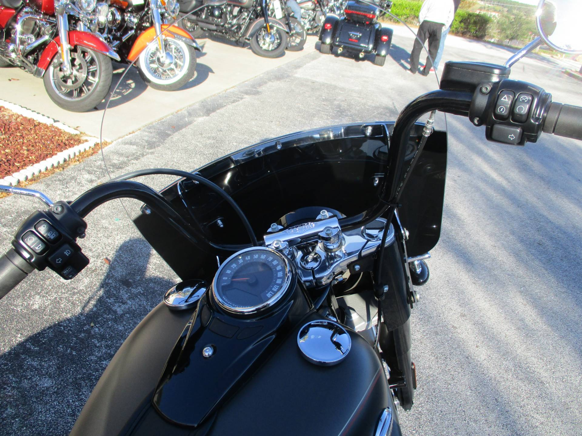 2018 Harley-Davidson Heritage Classic in Clermont, Florida - Photo 5