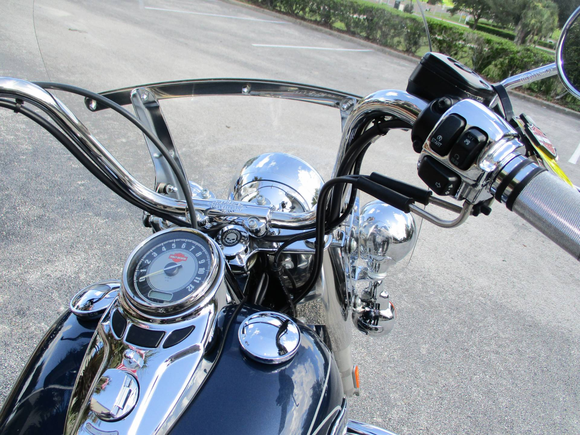 2009 Harley-Davidson Heritage Softail® Classic in Clermont, Florida - Photo 3