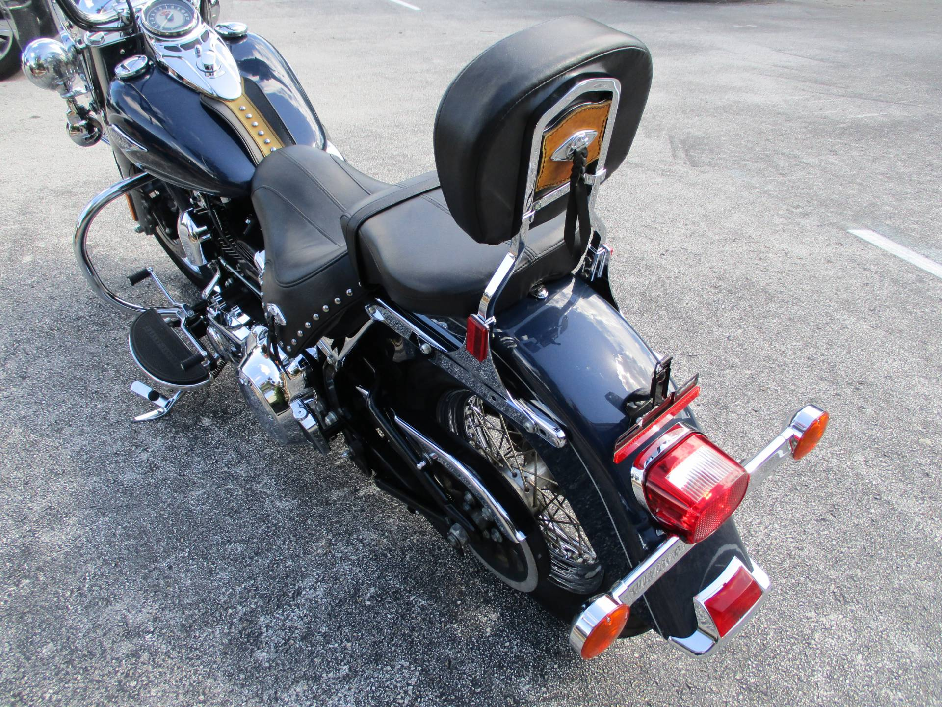 2009 Harley-Davidson Heritage Softail® Classic in Clermont, Florida - Photo 8