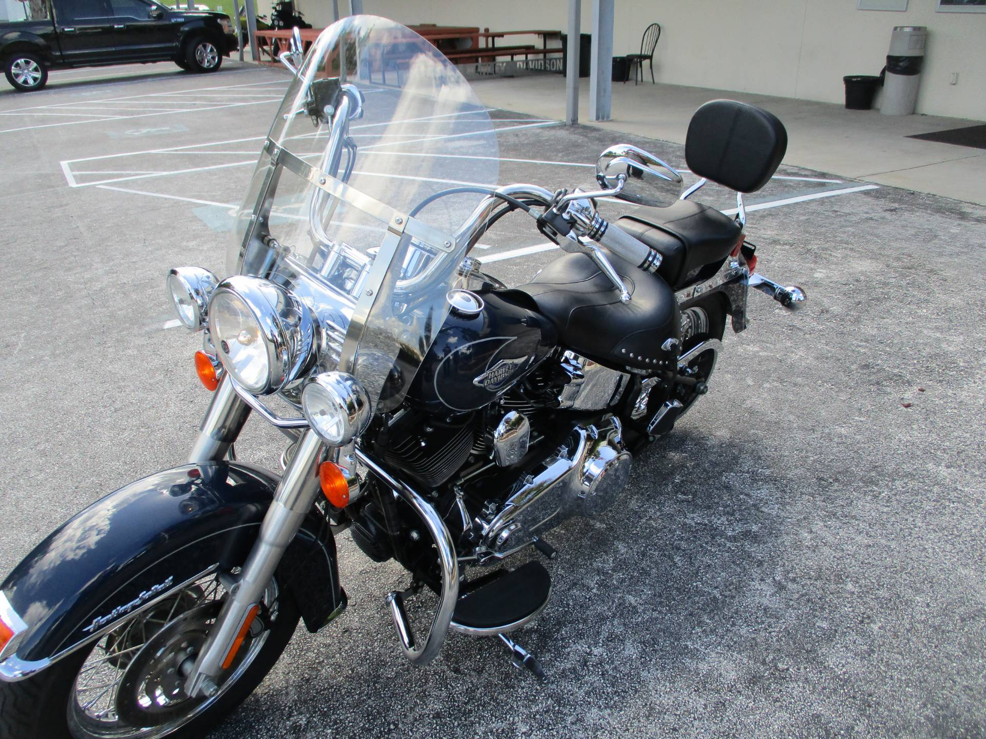 2009 Harley-Davidson Heritage Softail® Classic in Clermont, Florida - Photo 9