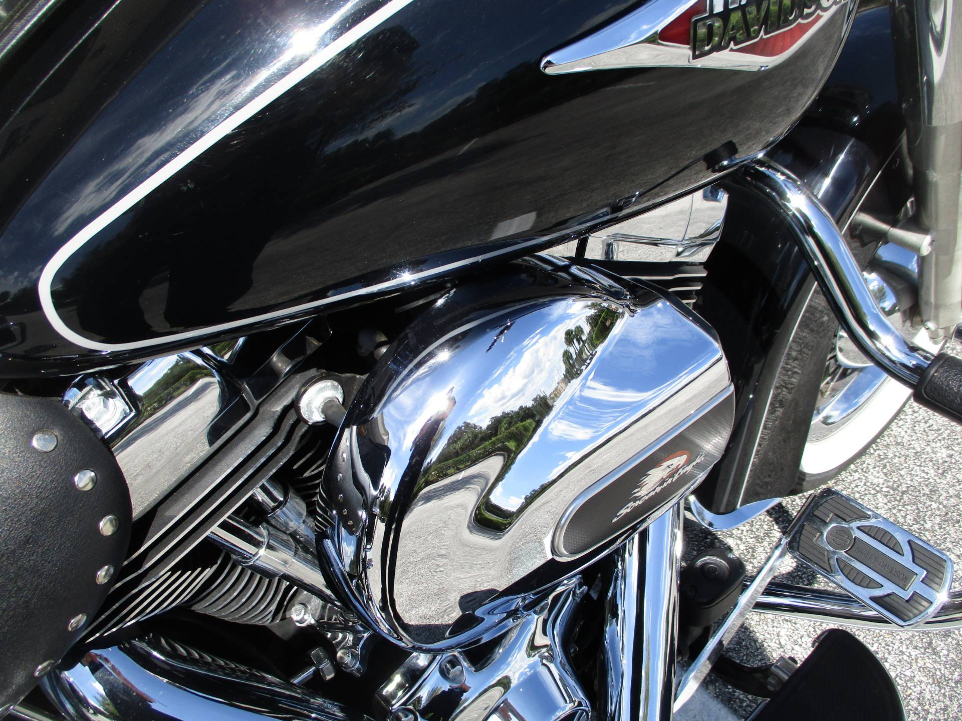 2012 Harley-Davidson Heritage Softail® Classic in Clermont, Florida - Photo 5