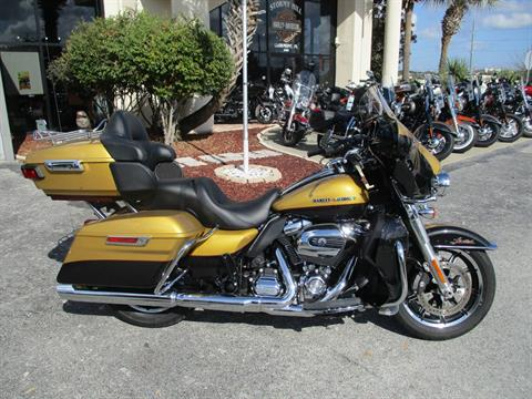 2017 Harley-Davidson Ultra Limited Low in Clermont, Florida - Photo 1