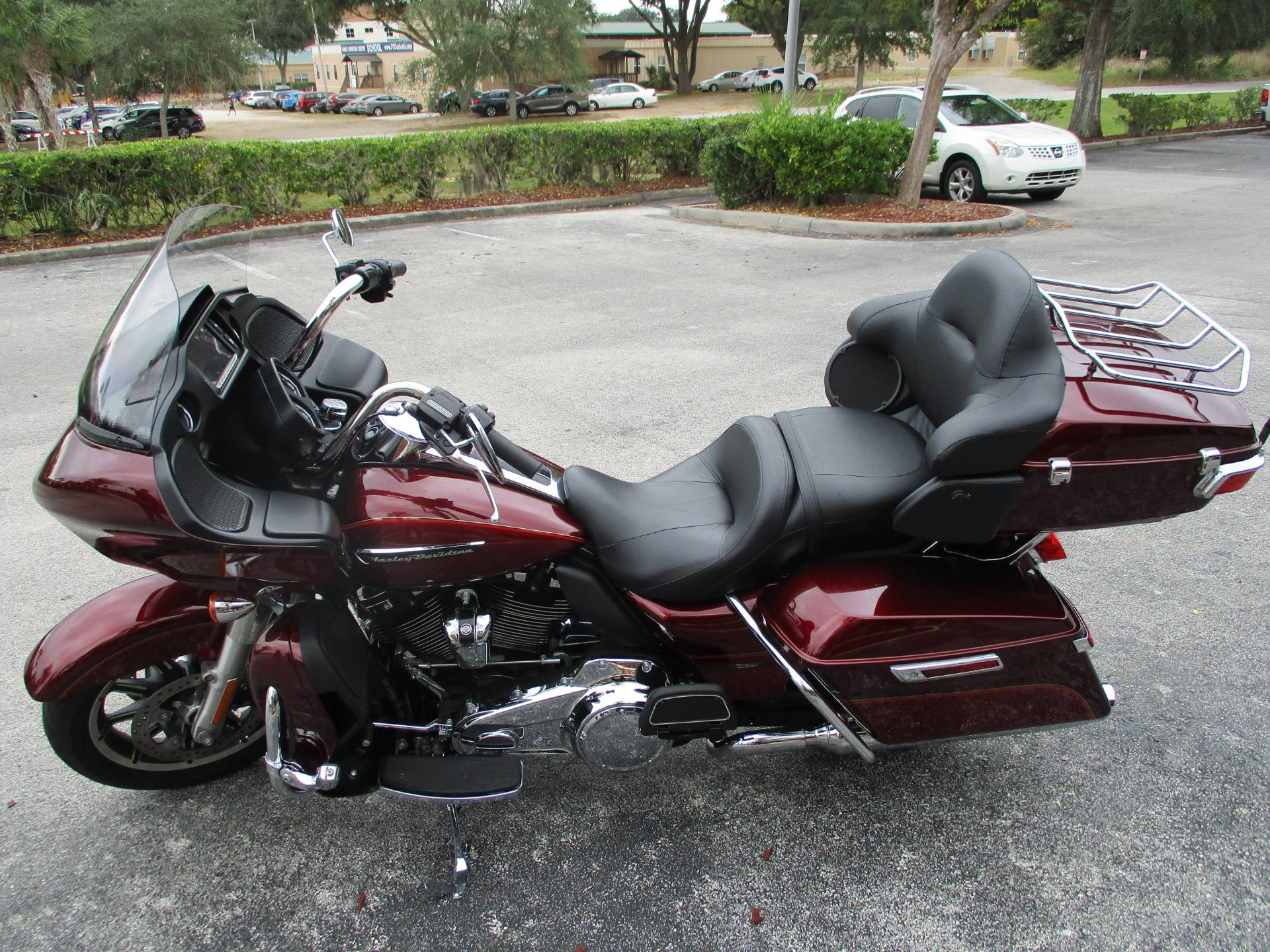 2017 Harley-Davidson Road Glide® Ultra in Clermont, Florida - Photo 11
