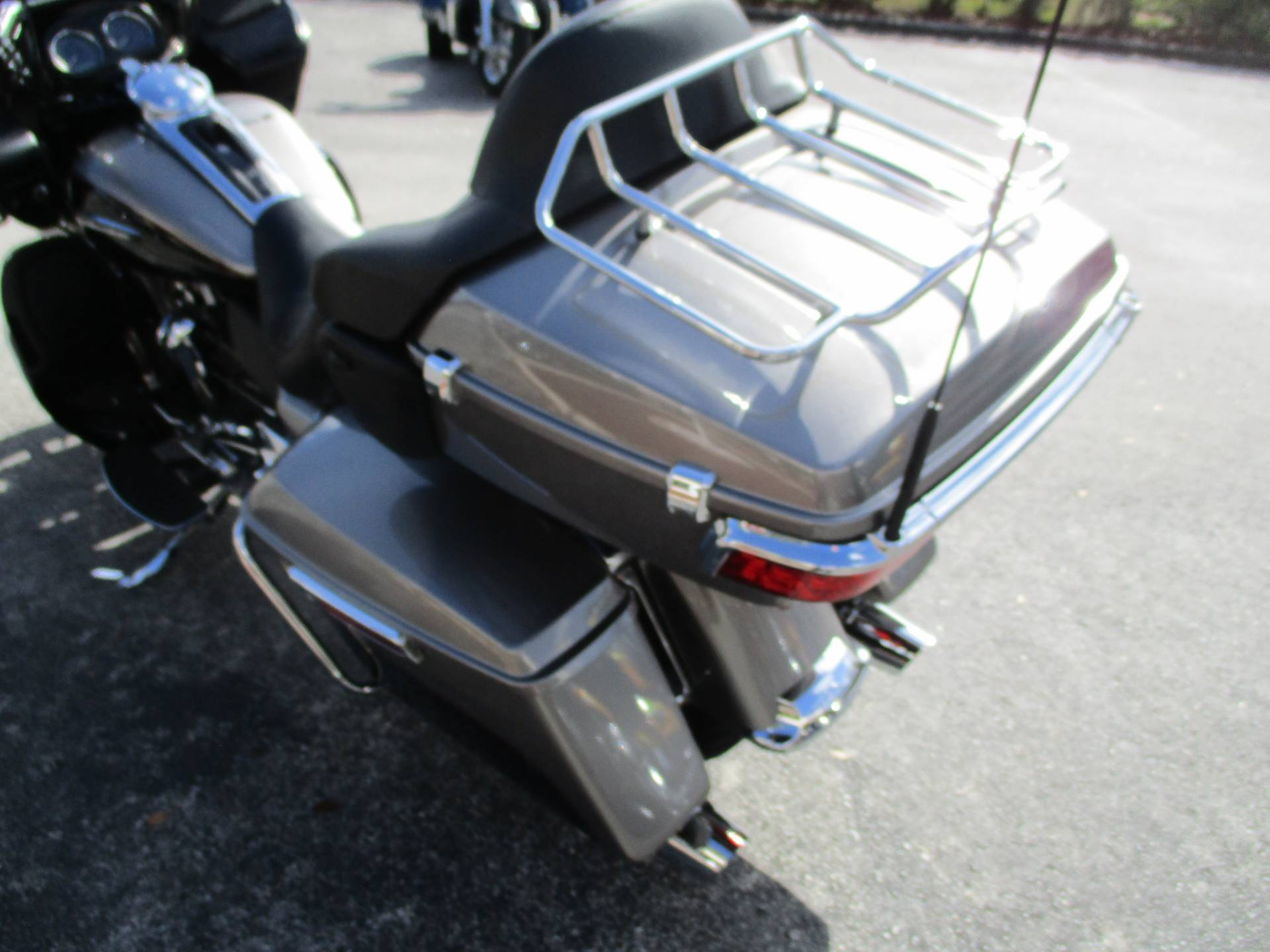 2017 Harley-Davidson Road Glide® Ultra in Clermont, Florida - Photo 12