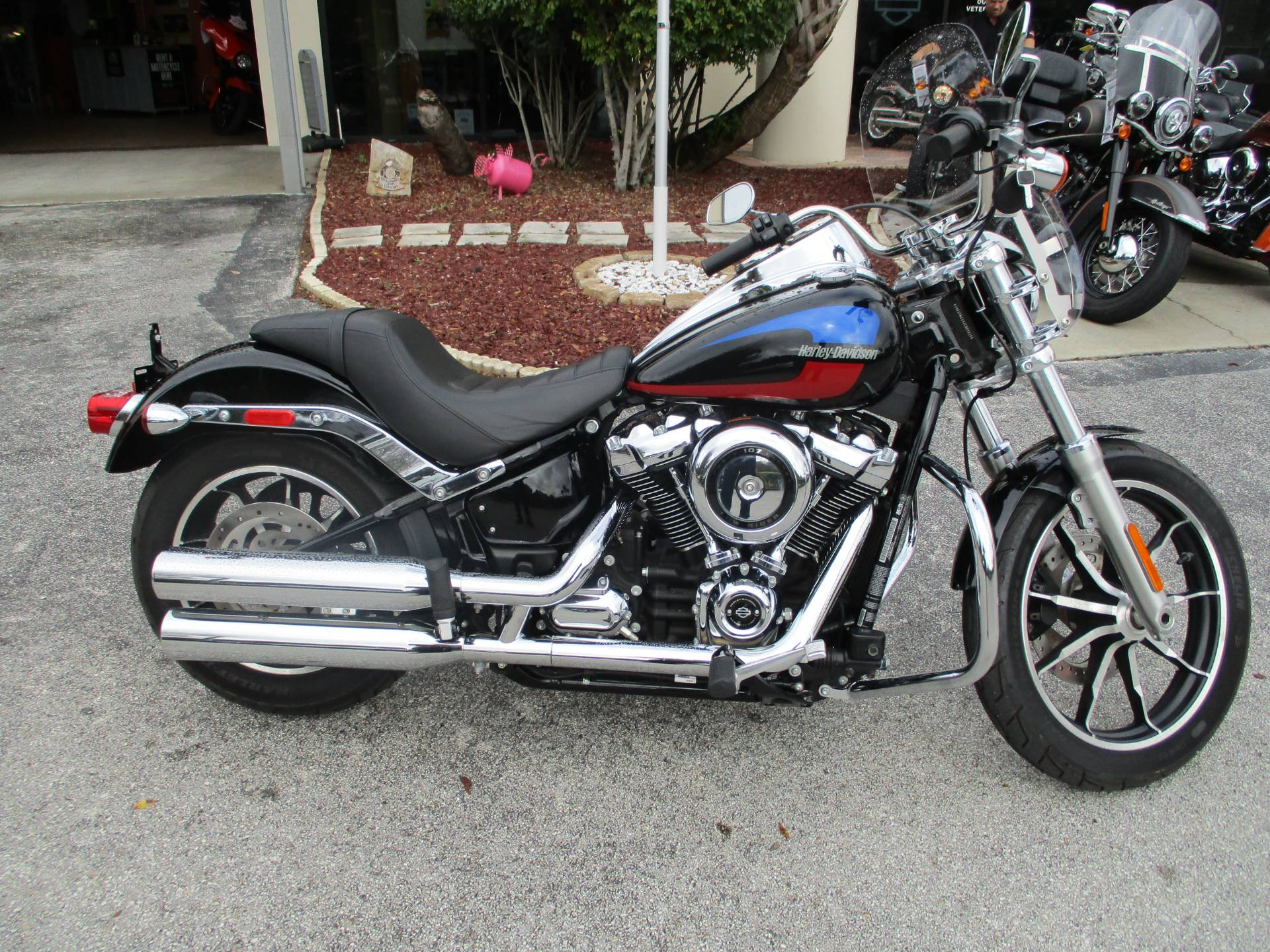2018 Harley-Davidson Low Rider® 107 in Clermont, Florida - Photo 1