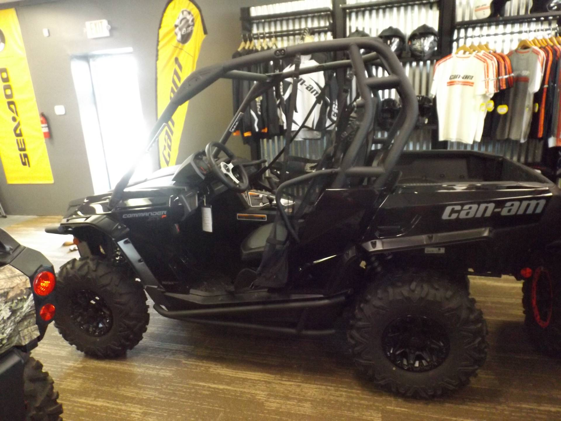 2017 Can-Am Commander XT-P 1000 in Huntington, West Virginia