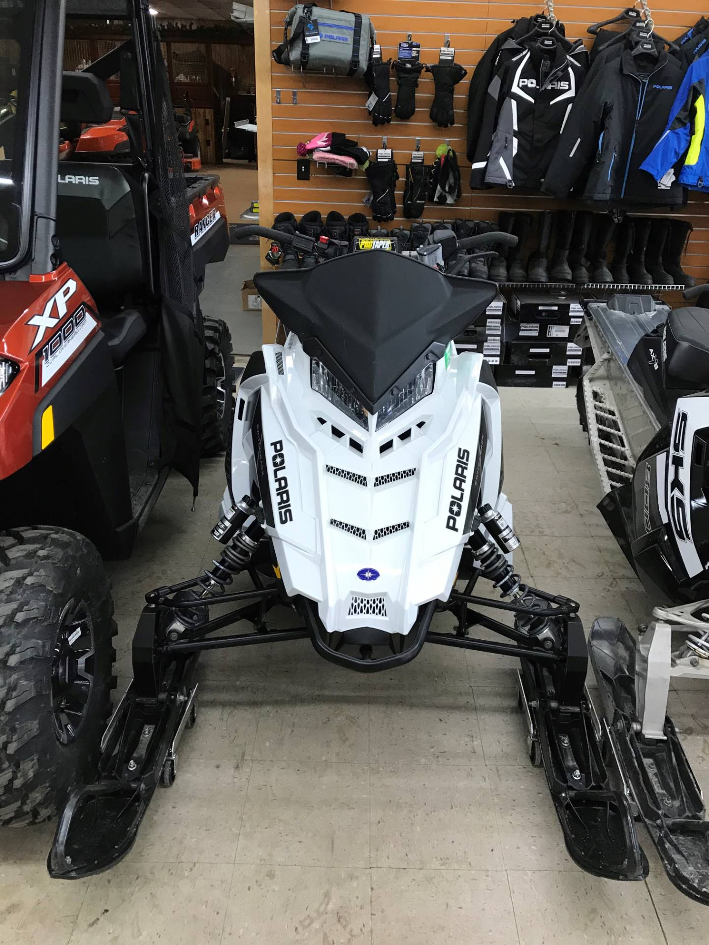 2018 Polaris 800 Switchback Assault 144 SnowCheck Select in Newport, New York - Photo 2