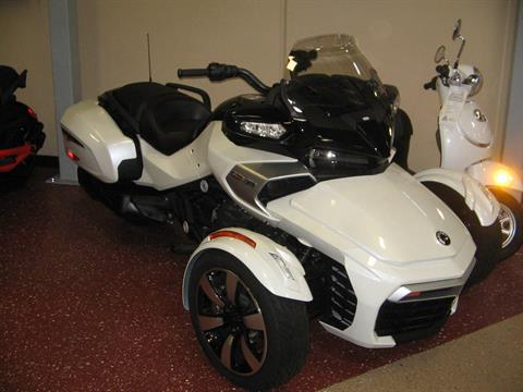 2016 Can-Am Spyder F3-T SE6 w/ Audio System in Escondido, California