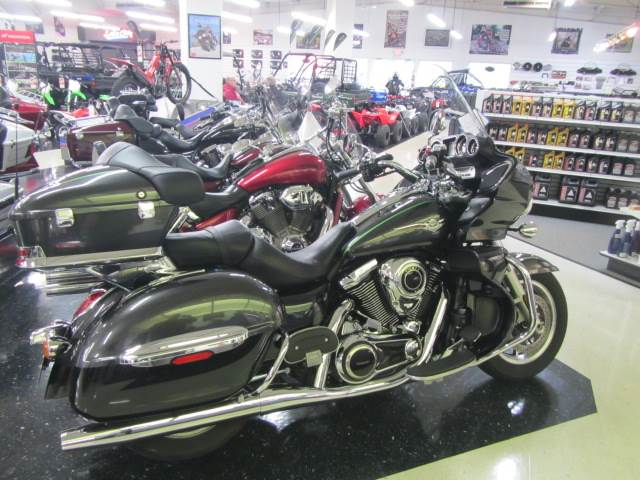 2015 Kawasaki Vulcan® 1700 Voyager® ABS in Warsaw, Indiana - Photo 2