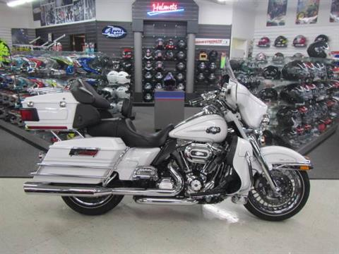2012 Harley-Davidson Ultra Classic® Electra Glide® in Warsaw, Indiana