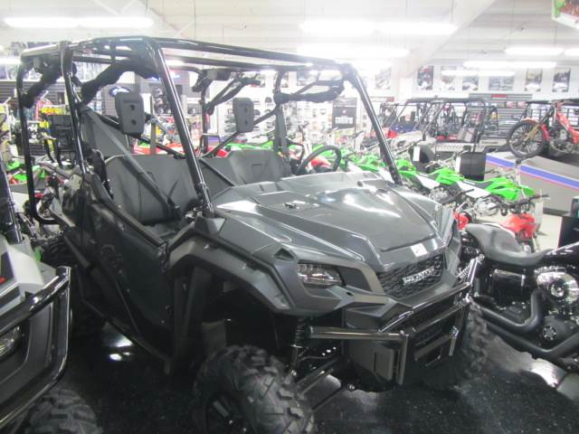 2020 Honda Pioneer 1000-5 Deluxe in Warsaw, Indiana - Photo 3