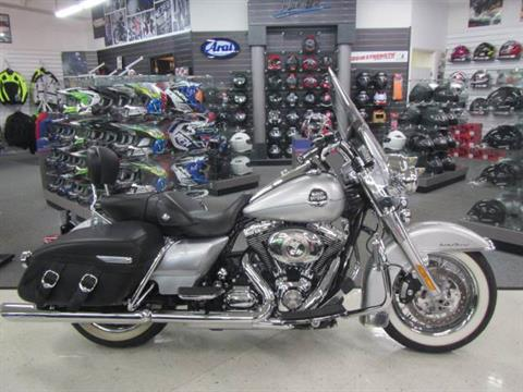 2010 Harley-Davidson Road King® Classic in Warsaw, Indiana