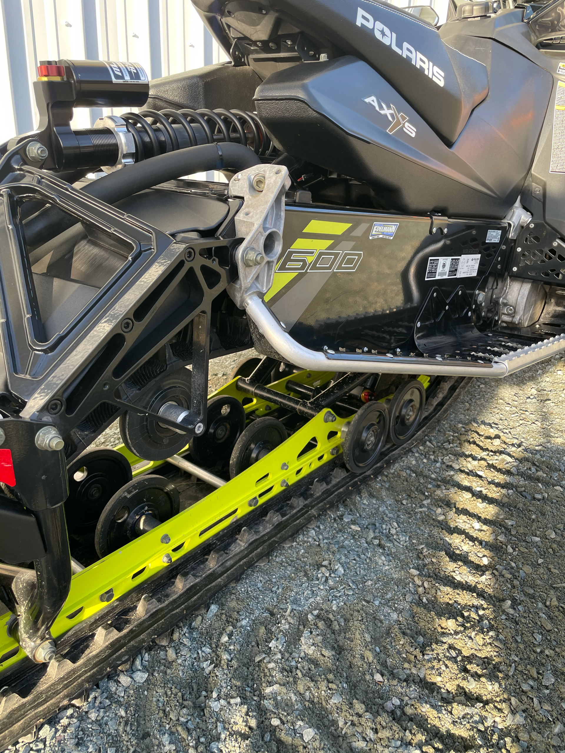 2019 Polaris 600 Switchback XCR 136 SnowCheck Select in Troy, New York - Photo 14