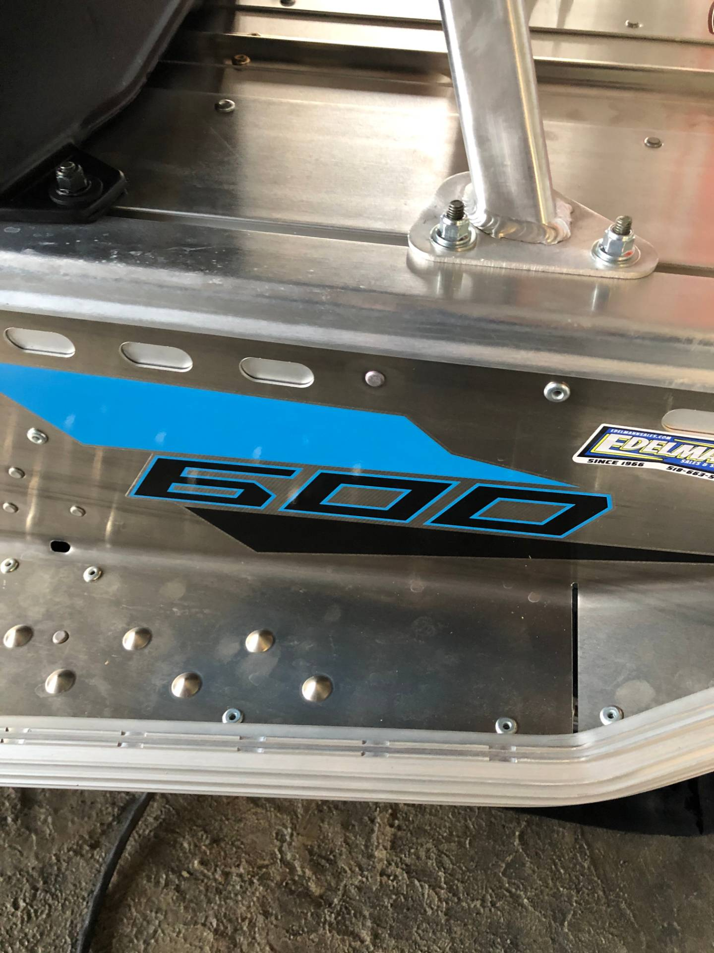 2020 Polaris 600 Indy 121 ES in Troy, New York - Photo 5