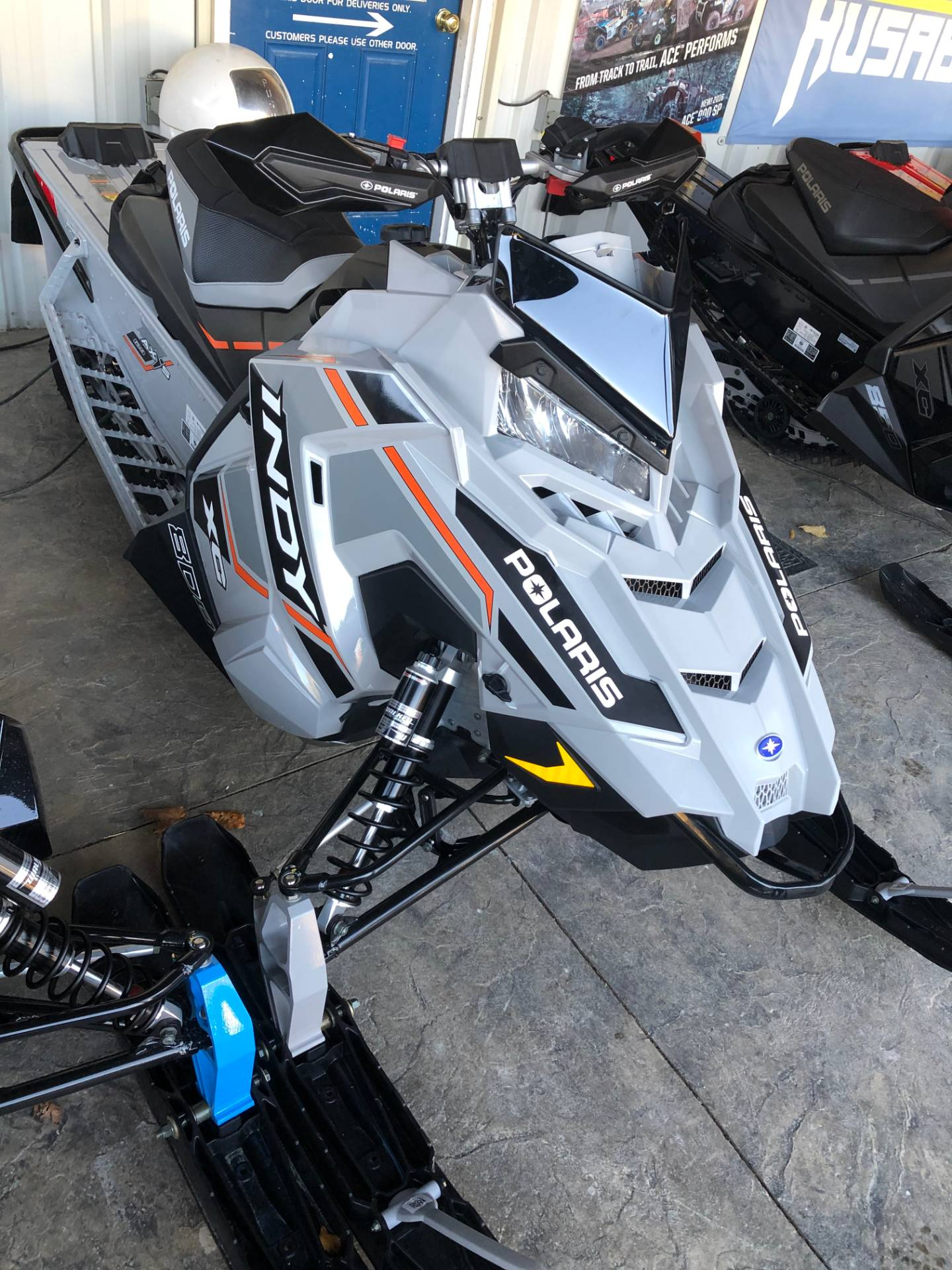 2020 Polaris 800 INDY XC 129 SC in Troy, New York - Photo 2
