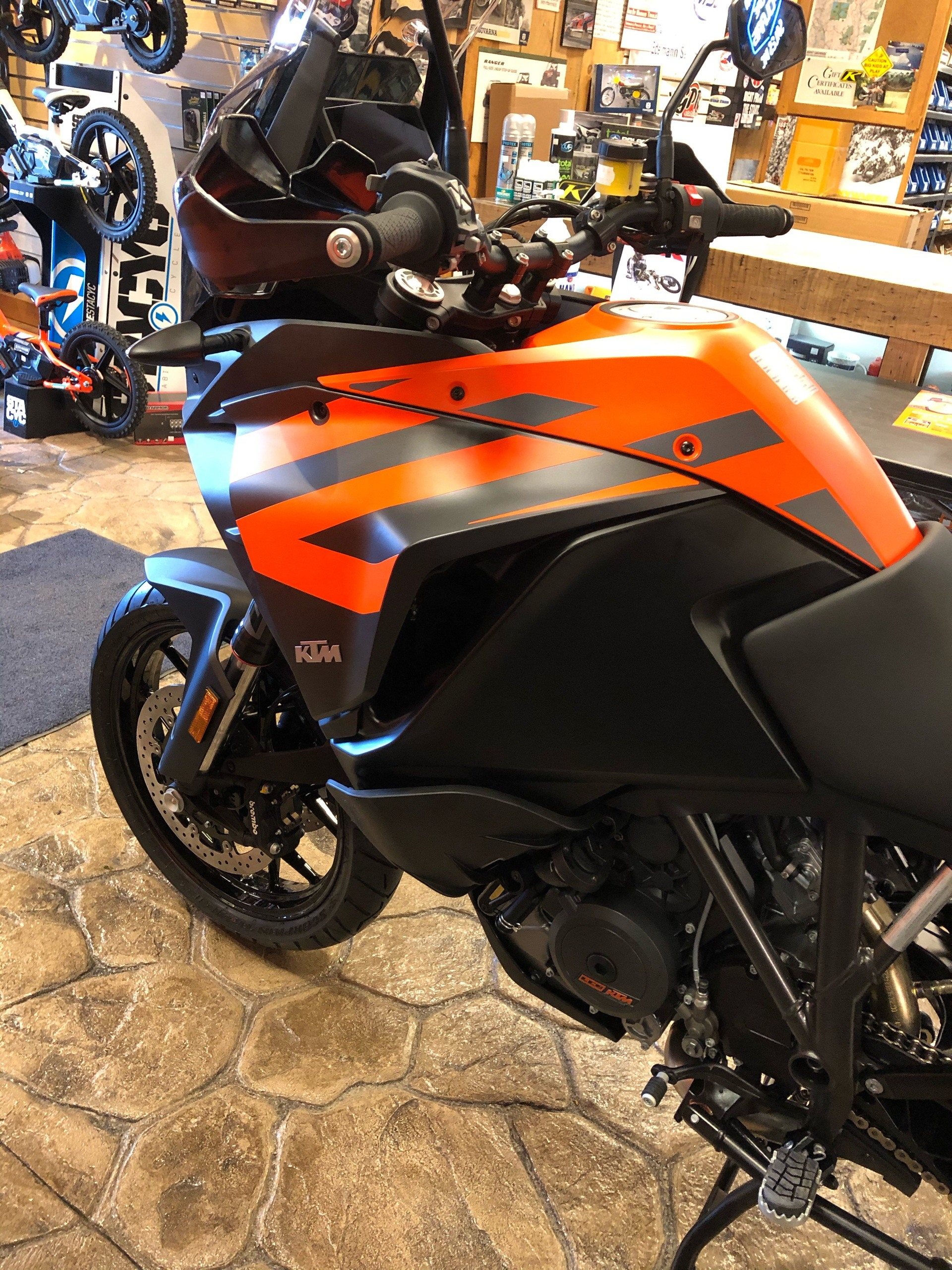 2020 KTM 1290 Super Adventure S in Troy, New York - Photo 10